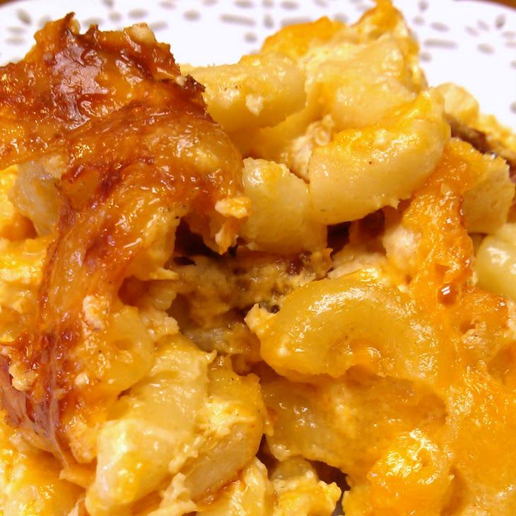 Southern-Style Crock Pot Macaroni & Cheese Recipe