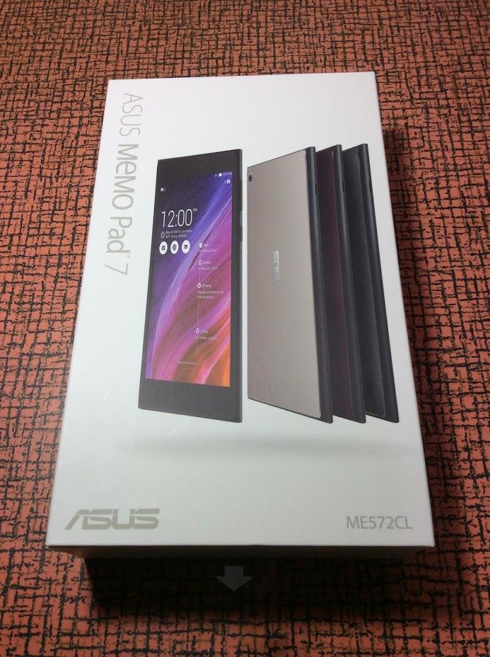 ASUS MeMO Pad 7(ME572CL)の外箱