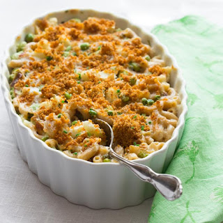 Cauliflower Pea And Edamame Macaroni And Cheese
