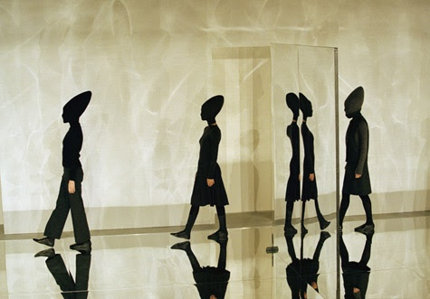 Hussein Chalayan, Autumn / Winter 1998