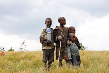 Burundi_children-734891_1920 HP.jpg