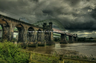 Photo: Runcorn Railway Bridge, West Bank