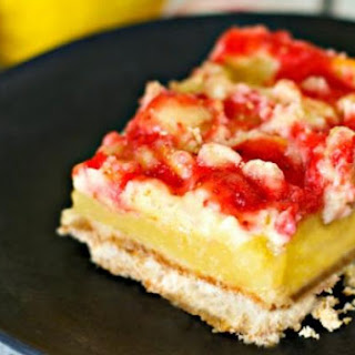 Strawberry Lemonade Cheesecake Bars