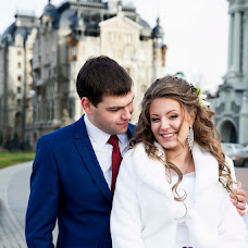 Wedding photographer Damira Kabirova (Miro4ka). Photo of 28.11.2013