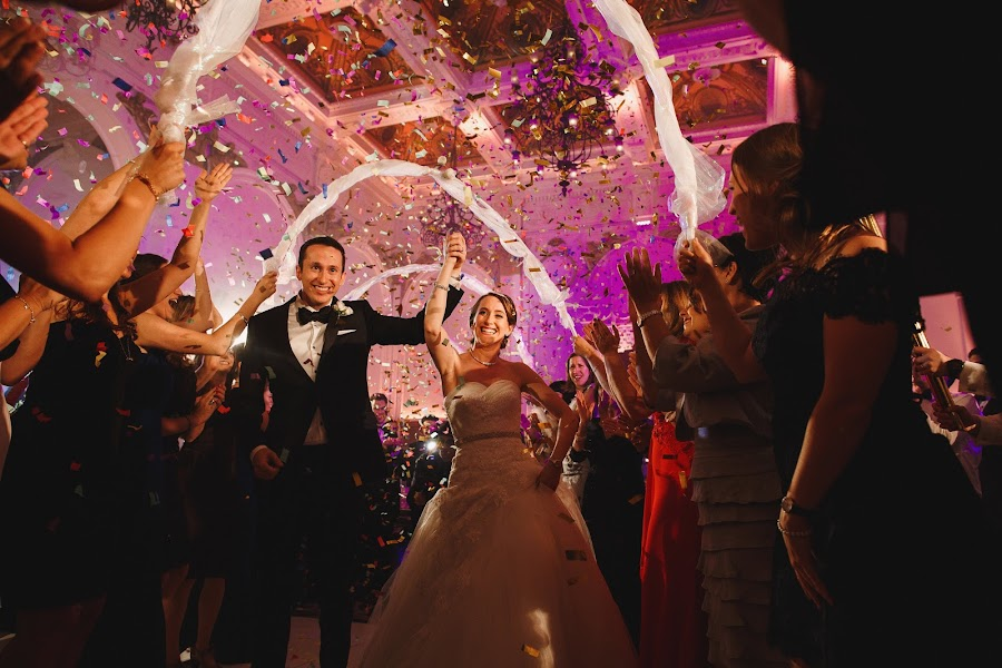 Wedding photographer Adam Johnson (arjphotography). Photo of 10.10.2017