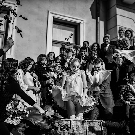 Wedding photographer Tudor Bolnavu (TudorBolnavu). Photo of 02.02.2017