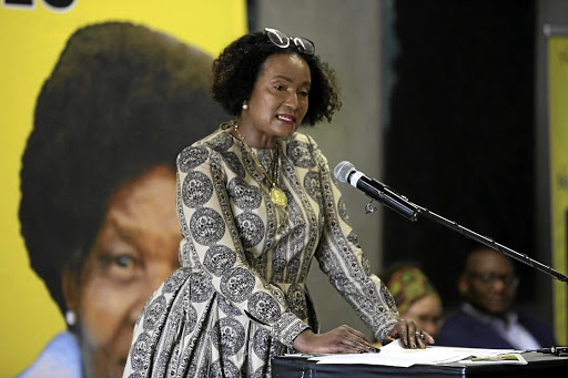 Gugu Mtshali speaking at the memorial service of former ANC treasurer-general Mendi Msimang who died this week at the age of 90./ THULANI MBELE