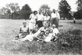 Photo: (T) Mildred Tulman, Salo Brunn, Martha Braunhart Sternbach, Bernard Sternbach, (M) Harry Tulman, Anna Braunhart Tulman, Neighbors Harriet and Arnold Fuchs, (B) Frieda Braunhart Brunn, Miriam Brunn, Helene Tulman