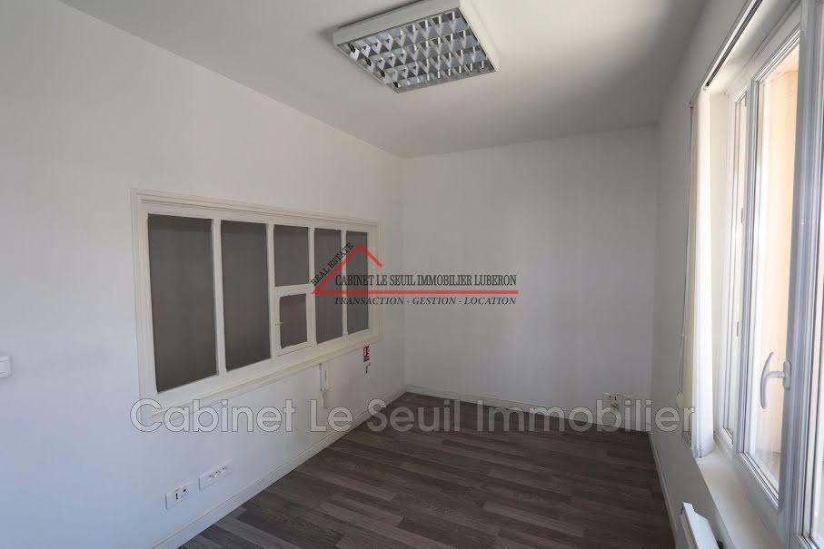 Location  locaux professionnels  212 m² à Apt (84400), 2 500 €