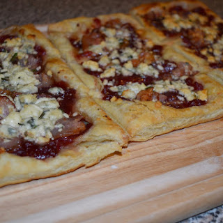 Cranberry Bacon Puff Pastry Pizza