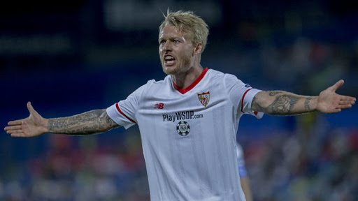 Spanish football morning headlines: Kjaer goes from captain to hero, James speaks about his future at Everton, Barcelona trust Messi will stay