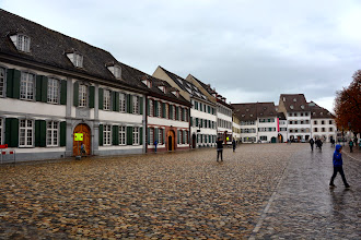 Photo: Cathedral Square