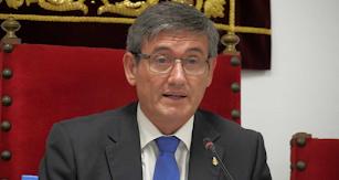 Manuel Cortés, durante un pleno.