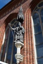 Photo: Statue de l'évêque Albert
