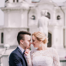 Wedding photographer Alina Lomovceva (Allen). Photo of 08.05.2017