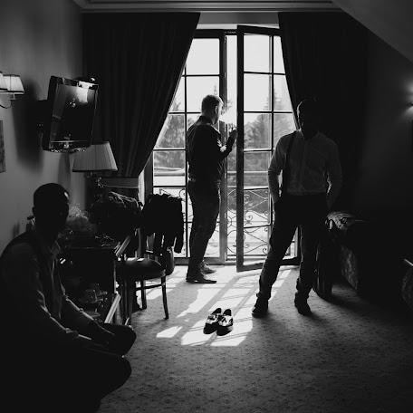 Wedding photographer Mikhail Bondarenko (bondphoto). Photo of 27.11.2017