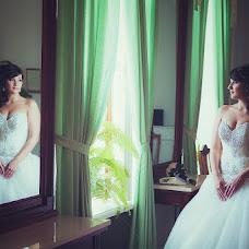 Wedding photographer Vladimir Garbar (VLADIMIRGARBAR). Photo of 23.10.2013
