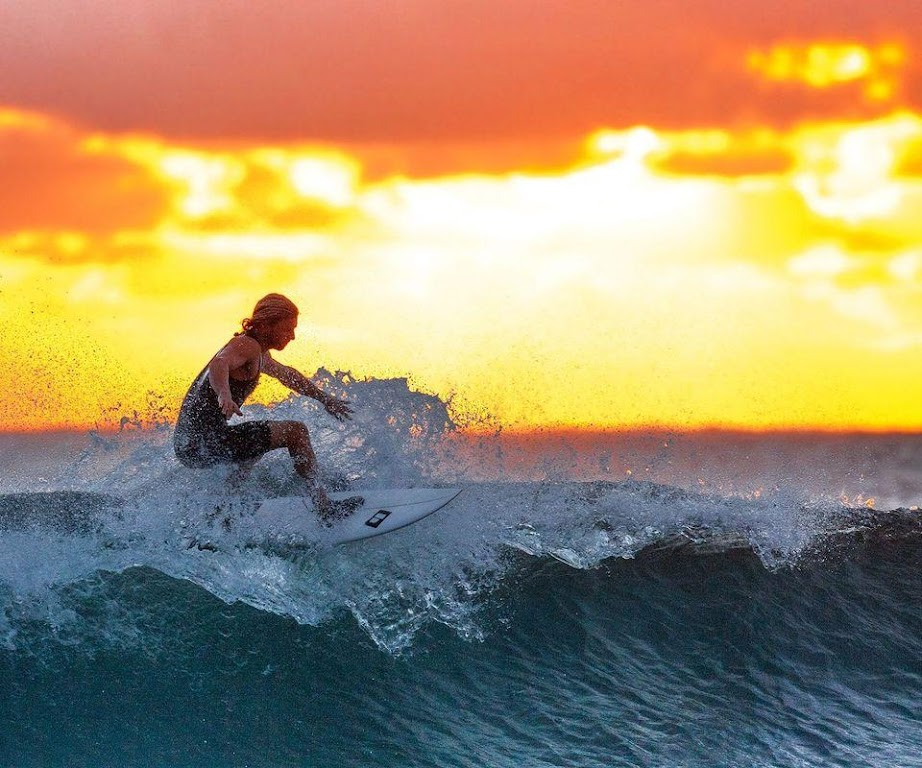 Download Surfing Wallpaper Hd By Wallpaper 4k Apk Latest