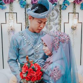 Malay Wedding by Mohd hafizan Ilias - Wedding Bride & Groom