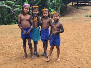 Photo: Pequeñas niñas de El Yucal