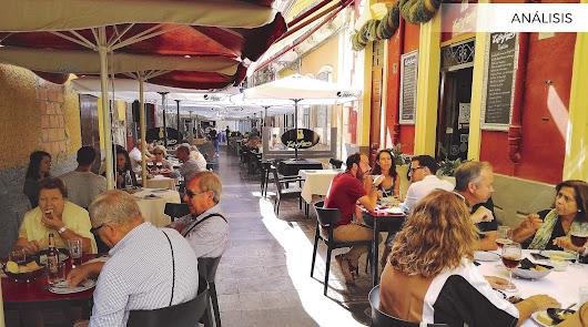 Bares: de la restricción a las reservas de mesa