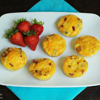 Bacon, Toast, Egg and Cheese Muffins