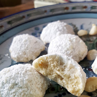 Macadamia & White Chocolate Snowball Cookies