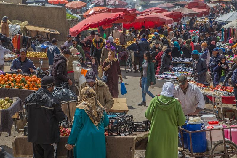 Al mercato orientale di Pesca