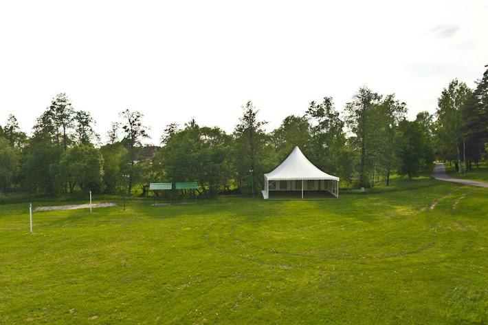 Фото №6 зала Большая поляна с банкетным шатром