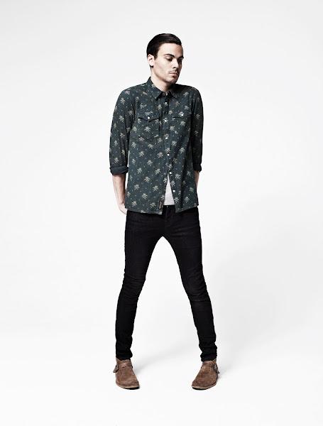 Photo: Eulogy Shirt>> UK>http://bit.ly/OZbcYB US>http://bit.ly/PESH82  Tonic Scoop Tee>> UK>http://bit.ly/MxhHnl US>http://bit.ly/QEZDXH  Toxic Pipe Skinny Jeans>> UK>http://bit.ly/O4upH5 US>http://bit.ly/NcLobn  Farrell Buckle Boot>> UK>http://bit.ly/QEZL9A US>http://bit.ly/Nj2vXg