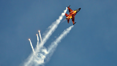 Photo: F-16 z holenderskiego Demo Team