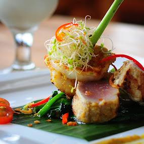 menantang rasa by Giyok Base - Food & Drink Eating ( #eating#restaurant#food#fresh#resto )