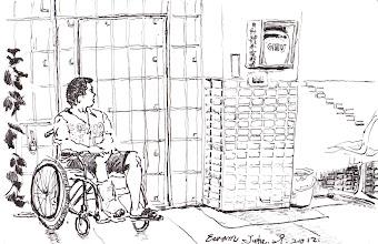 Photo: 出監前八字輕2012.06.29鋼筆 醫療中心裡的他無奈地望著往來的人,不過就跟往常一樣在運動時間玩個球卻摔了個粉碎性骨折,他苦笑地跟我說:「假釋都准了,看來是出監前八字比較輕啦!」