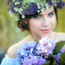 Wedding photographer Lyudmila Zharkova (LyudMilla). Photo of 10.08.2016