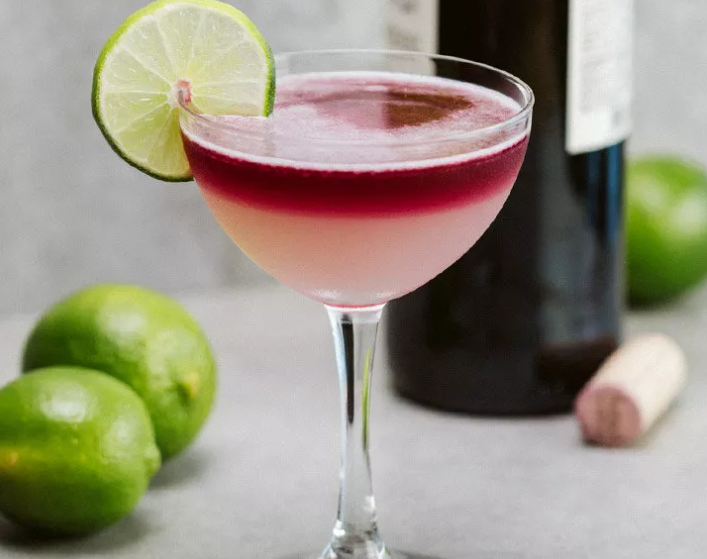 best-easy-halloween-cocktails_the_devils_margharita