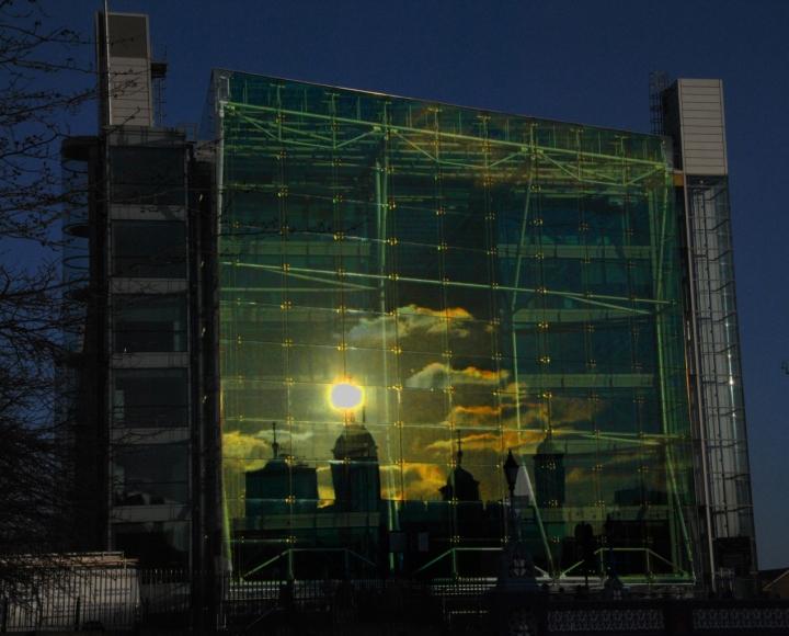 Tramonto londinese riflesso di mcvitus