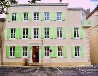 Maison 19 pièces 430 m2