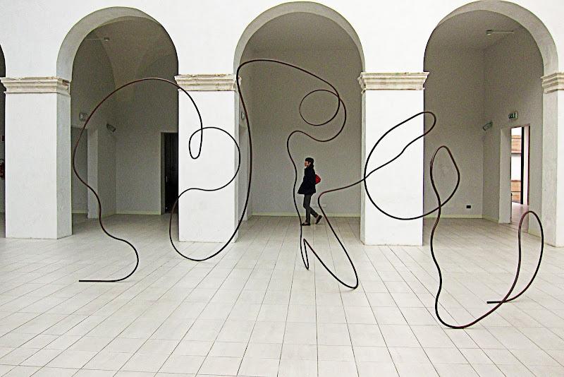 La moglie e l'arte moderna di Zaporogo