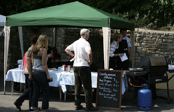 Photo: Newton Beef Barbeque © The Priston Festival 2009, photo: Richard Bottle