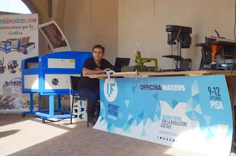 Photo: Stefano Puzzuoli Officina Makers autoproduzione e autopromozione SMS