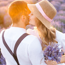 Wedding photographer Dmitriy Bezhenar (DeArt). Photo of 02.07.2018