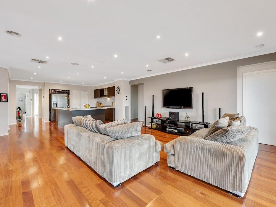 Main photo of property at 4 Glenbrook Crescent, Lynbrook 3975
