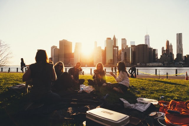 Picnic, Outdoors, Family, Friends, Social, City Scape