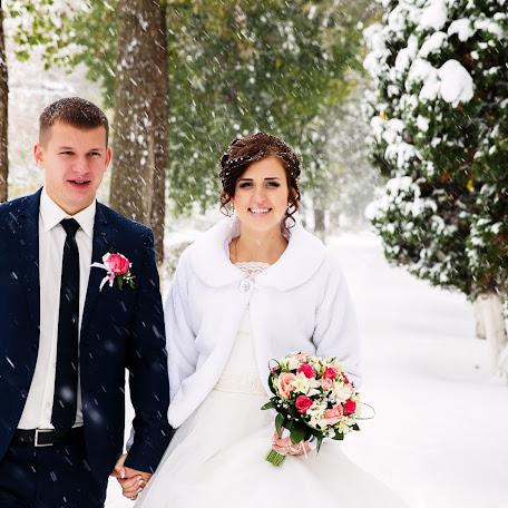 Wedding photographer Olga Aleksandrova (Avertaj). Photo of 01.03.2015