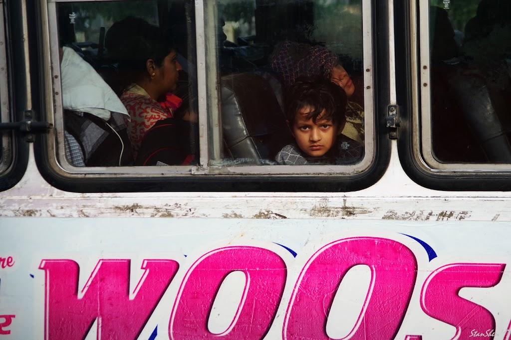 窗外。印度。