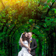 Wedding photographer Yuriy Kuzakov (Omchak80). Photo of 22.11.2014