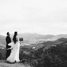 Wedding photographer Quy Dinh (DINHQUY). Photo of 05.04.2018