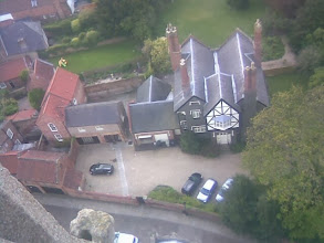 Photo: A tudor house just outside the church door, not sure if it hasn't been the vicarage at some time.