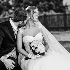 Wedding photographer Maurizio Crescentini (FotoLidio). Photo of 05.02.2018