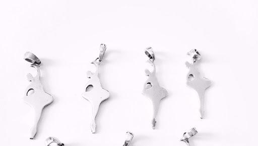 collier-pendentif-danseuse